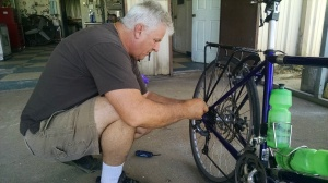 Dale - Warm Showers Host in Lutcher, LA - fixing broken bike rack